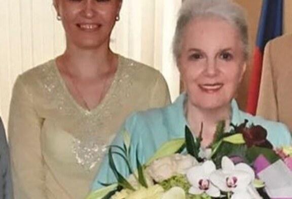 Караулов: «Быстрицкая хотела уехать с помощницей в страну, где регистрируют браки» | StarHit.ru