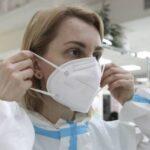 Роспотребнадзор назвал срок жизни коронавируса на бумагах