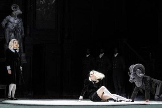 Опера против педофилов: в Большом театре представили «Саломею»