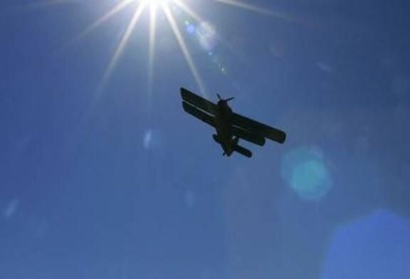 В Ставропольском крае самолет Ан-2 вынужденно сел в поле