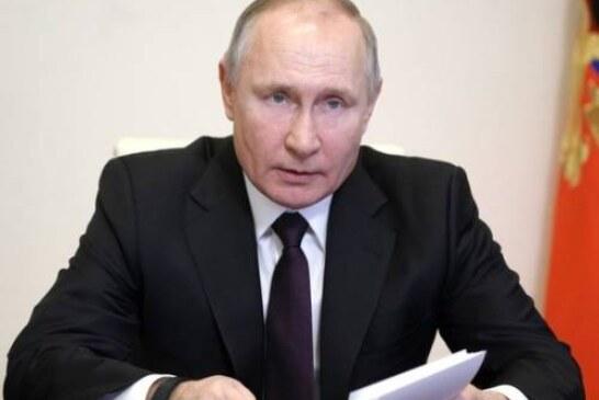 Индексация пенсий, помощь детям: названы возможные «подарки» из послания Путина