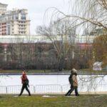 Гидрометцентр: апрель в Москве был теплее и влажнее обычного