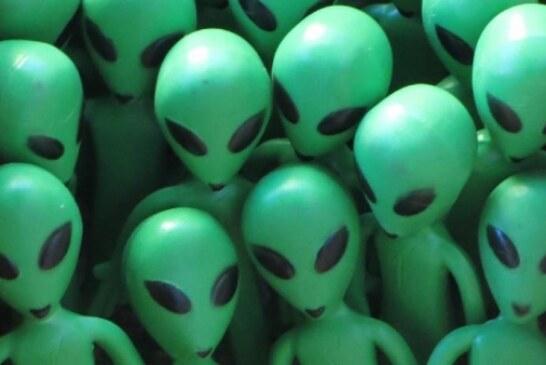 Экс-глава ЦРУ Джеймс Вулси допустил существование НЛО и пришельцев