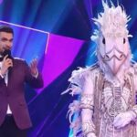 Победитель шоу «Маска» Крокодил оказался певцом Jony