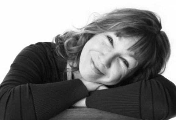 Писательница Елена Посвятовская рассказала о неприкаянности своего поколения
