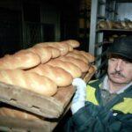Заморозка цен на хлеб поставила под угрозу мелкие магазины