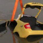 Эксперты предложили способ защиты пассажиров такси на случай ДТП