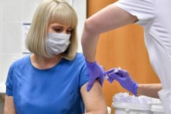 Иммунолог объяснил, нужно ли вакцинироваться от COVID-19 уже переболевшим