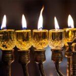 Евреи зажгут свечи ханукальной миноры по всем миру
