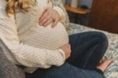 Роспотребнадзор запретил беременным садиться на корточки
