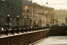 Власти Петербурга обсудят с Роспотребнадзором смягчение ограничений