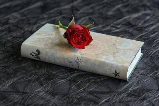 Поэты обсудили, почему не пишутся стихи
