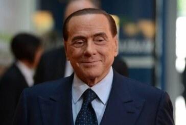 Берлускони попросил не беспокоиться о его здоровье