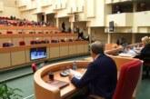 Критиковавший чиновников саратовский депутат сложил полномочия