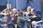 Юрий Башмет отметил день рождения на сцене из цветов